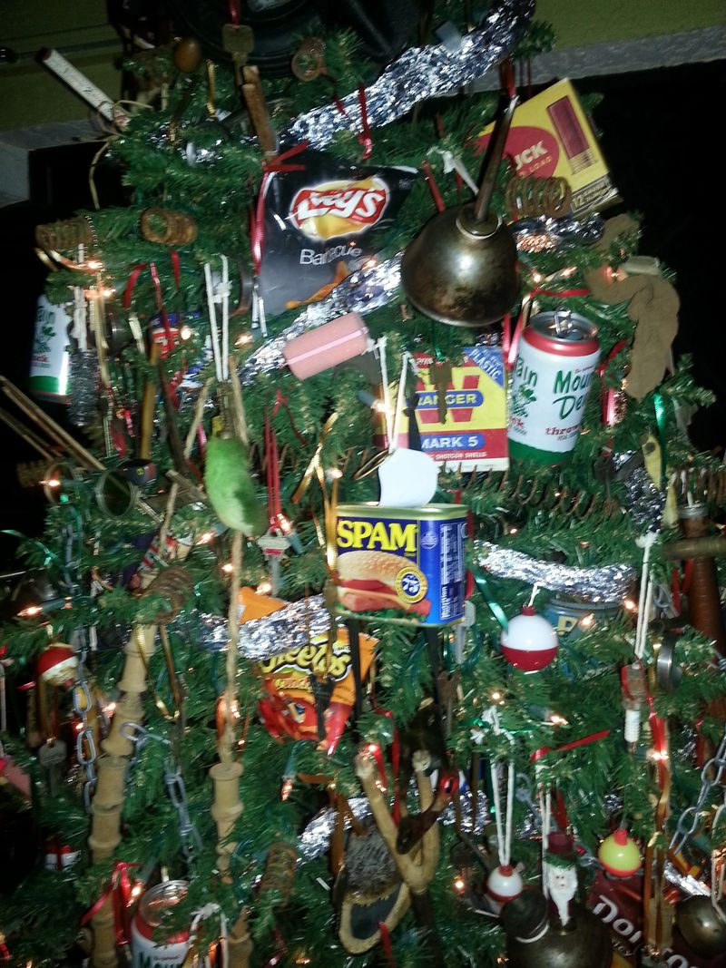 Redneck Christmas Tree Decorations